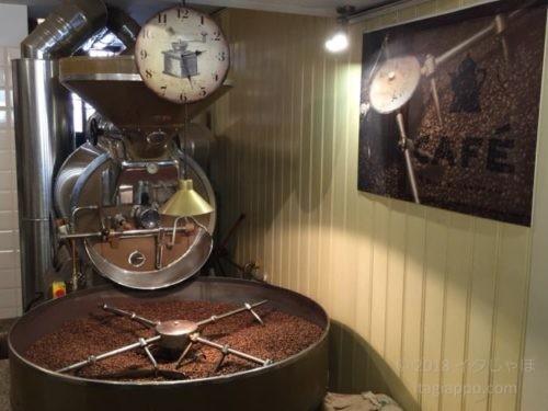 ヴェネツィアのカフェ 焙煎機