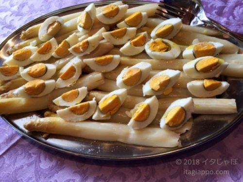 アスパラとゆで卵