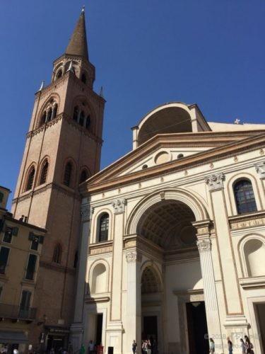 マントヴァ サンタンドレア聖堂