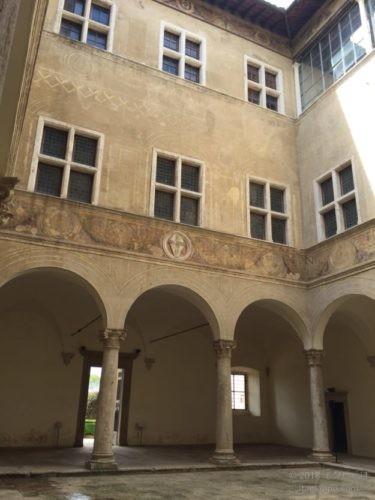ピッコロミニ宮殿