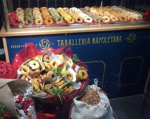 ナポリのお菓子「タラッリ」