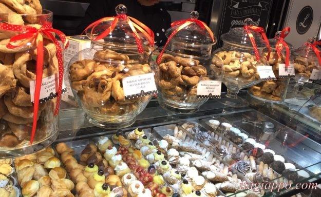ナポリのお菓子屋さん「レオポルド」