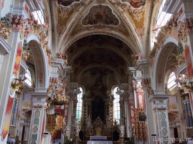 ノヴァチェッラ修道院の大聖堂
