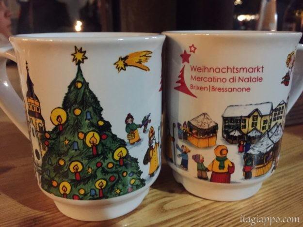 クリスマスマーケットのマグカップ